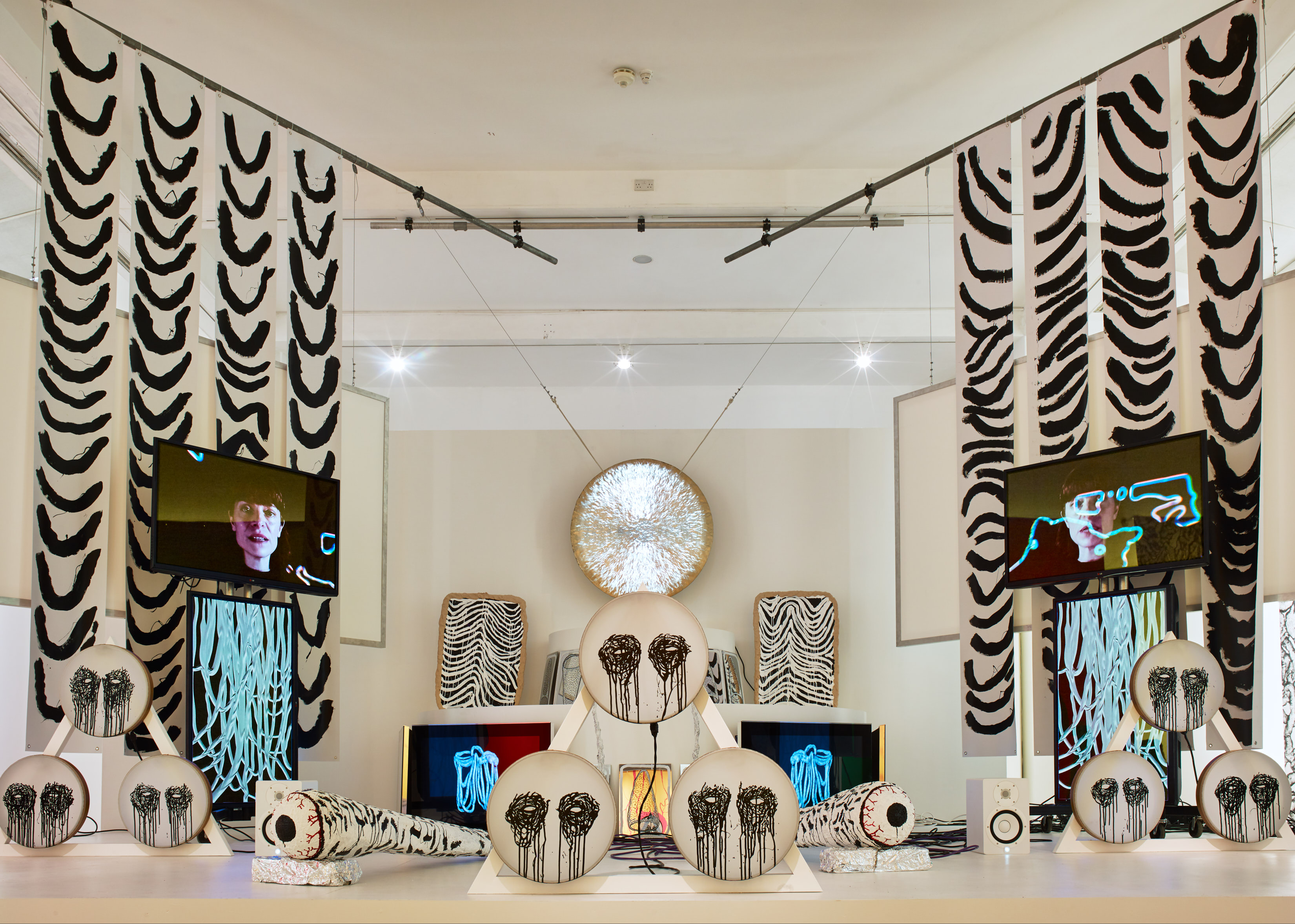 Benedict-Drew-The-Trickle-Down-Sydrome-Installation-View
